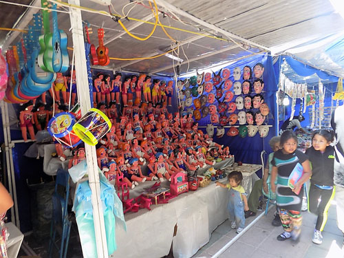Se mantiene viva la venta de artesanías