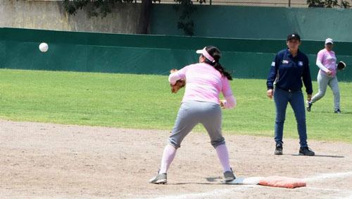 El campeón defensor Águilas blanquea a Dodgers