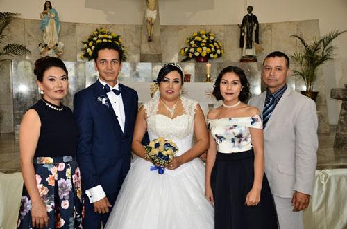 Juntos ante Dios Adrián y Norma