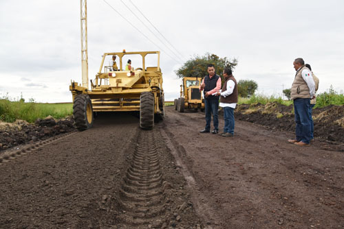 Supervisan avances del camino San Juan de Razos a San José de los Duros