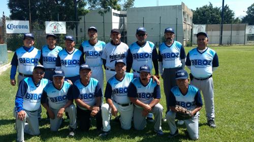 BIBOZ deja tendido a Pollitos en softbol de jubilados