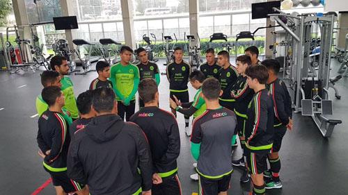 """""""Piojito"""" Alvarado regresó motivado tras concentración con Sub 21"""