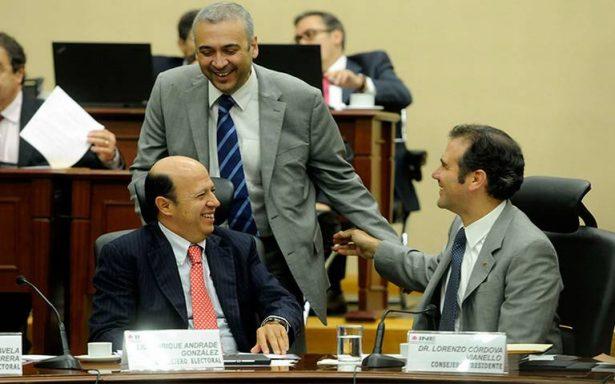 Impulsa INE tres debates sin guión para candidatos a la Presidencia