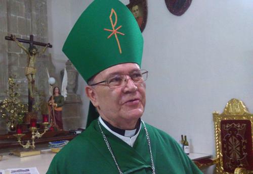 Pide Obispo no lucrar políticamente con afectados por sismos