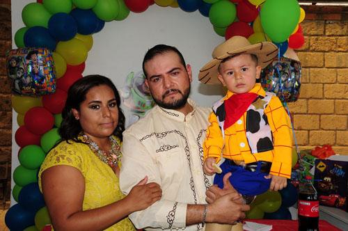 Es Woody en su fiesta