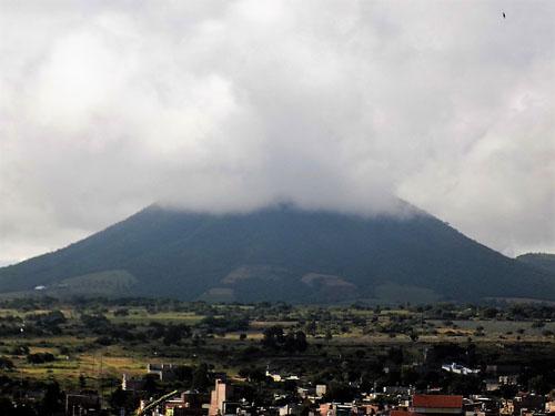 Nube causa alarma en ciudadanos