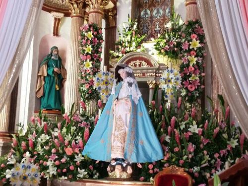 Festejan a Virgen de la Natividad