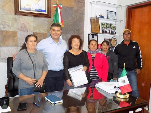 Establece Manuel Granados compromisos
