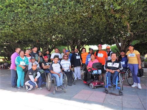 Un éxito 9na. carrera atlética para personas con discapacidad