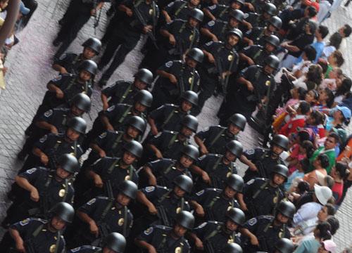 Suspenden desfile, por luto nacional