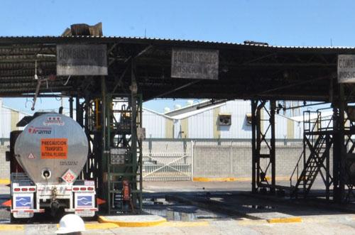Rescinde Pemex contrato a petroleros salmantinos