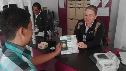 INE agiliza trámites para radicados en el extranjero