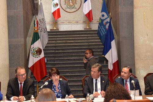Refrendan cooperación Francia y Guanajuato