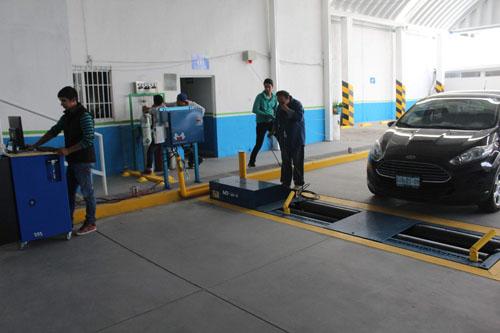 Reducen infracciones por falta de verificación vehicular