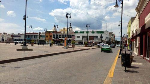 Cierran la calle Juárez