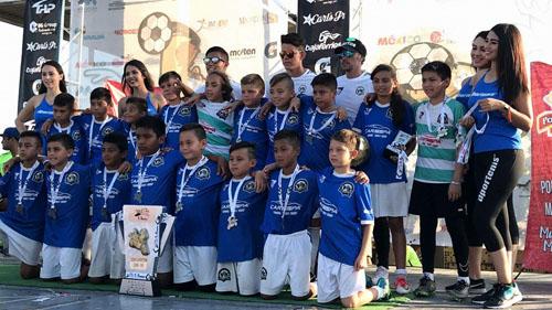 "Natalia ""Yaya"" Muñoz subcampeona en Copa Mazatlán 2017"