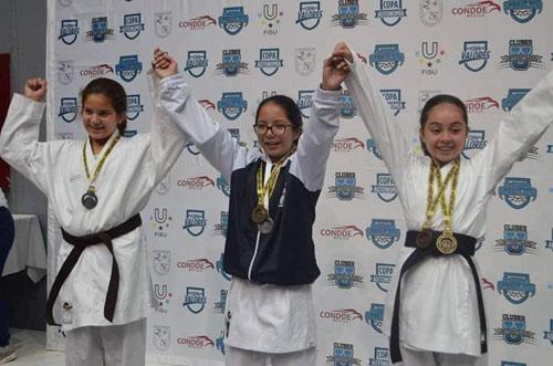Fernanda Tierrablanca clasifica al mundial Karate Do Shotokan IKF