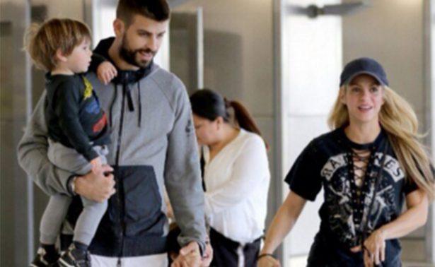 Shakira y Piqué llegan a Colombia para pasar fin de año