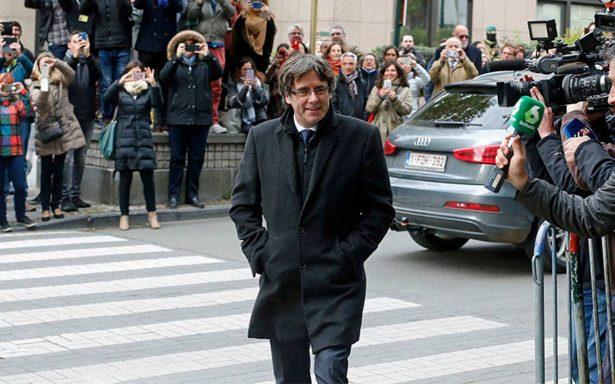 Abogado de Puigdemont intentará evitar la detención del expresidente catalán