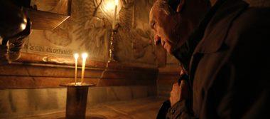 Reabren la tumba de Jesucristo tras restauración