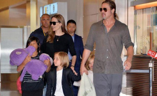 Brad Pitt acusa a Angelina Jolie poner en riesgo la intimidad de sus hijos