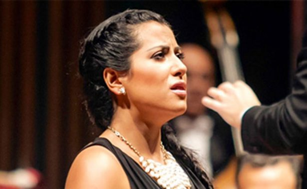 Arte cuántico  en el CENART, otros ruidos del flamenco… y un operístico homenaje a la Piaf