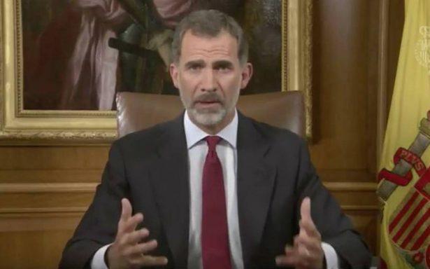 Rey Felipe VI acusa a dirigentes catalanes de situarse 'al margen del derecho y de la democracia'