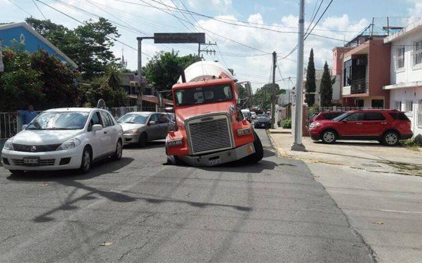 ¡Se abre la tierra! Aparecen dos socavones en Villahermosa