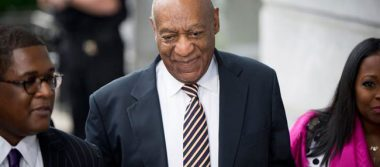 Retrasan nuevo juicio contra Cosby por agresión sexual