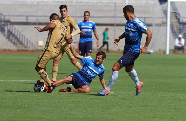 Gallos se impone 6 – 1 a Pumas en partido amistoso