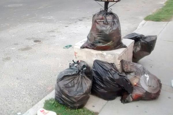 Denuncian servicio irregular de recolección de basura