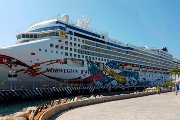 Cozumel espera 90 mil turistas de cruceros la primera semana de 2017