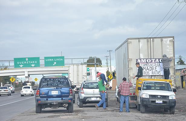 Transportistas contra gasolinazo; se manifiesta AMOTAC