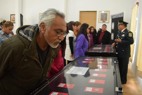 Llegan facsímiles de la Nación a Tequisquiapan