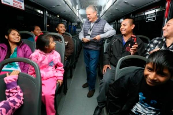 Ofrecen recorridos turísticos gratuitos en Monterrey