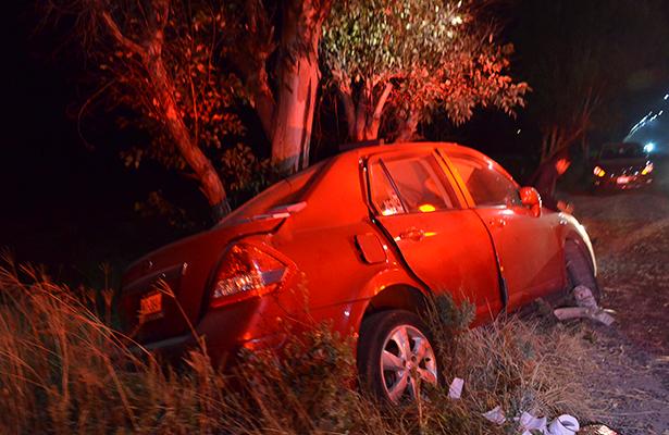 UN HERIDO, saldo de un accidente registrado la noche del martes en el kilómetro 7 de la carretera a Tequisquiapan.