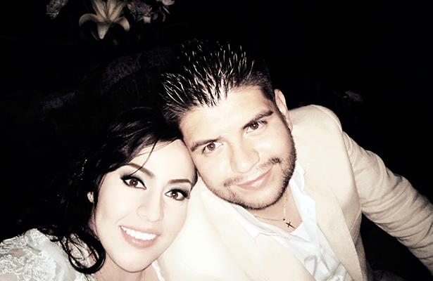 Jonathan Pérez y Miriam Esquivel unidos en sacramento matrimonial