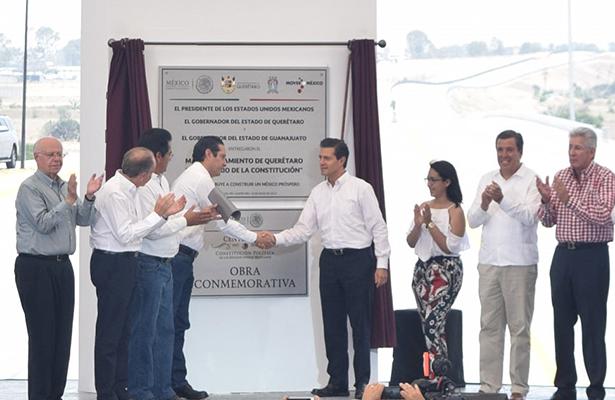 Inauguran libramiento; el presidente de la República encabezó la puesta en marcha de la vialidad