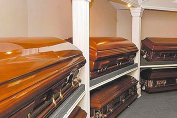 Profeco clausura 190 funerarias por irregularidades