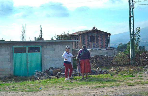 Deficientes servicios de salud en Santiago Mexquititlán