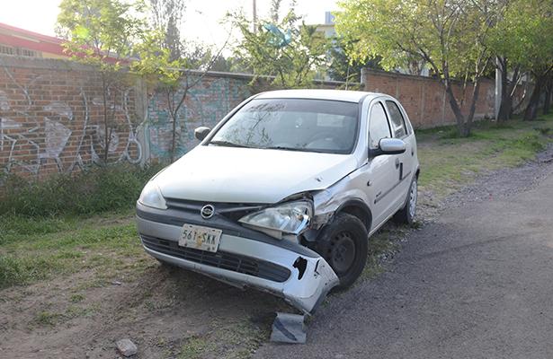 EL HECHO de tránsito no pasó de daños materiales a ambos vehículos, percance ocurrido en carretera Panamericana.