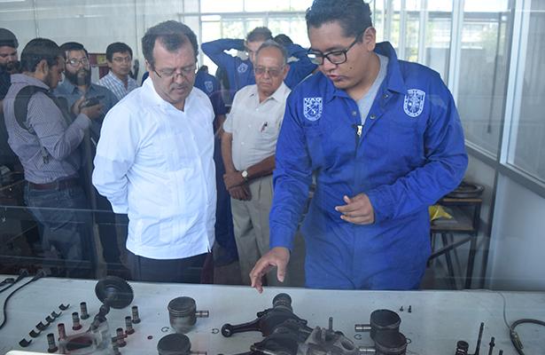 Inauguran taller automotriz en la UAQ