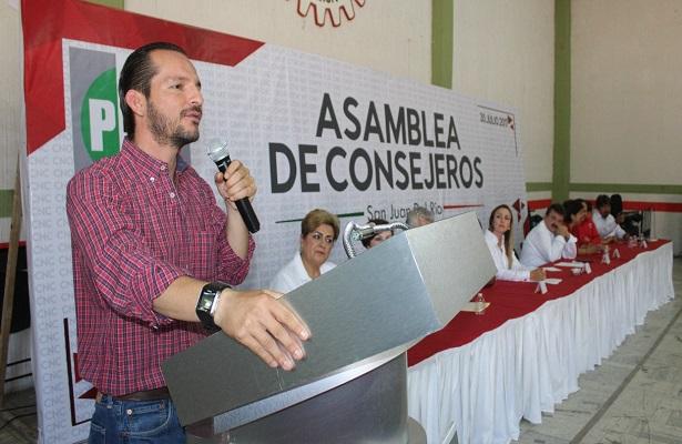 PRI exige respeto al presidente municipal