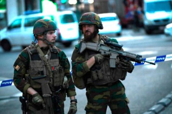 Evacúan Palacio de Justicia de Bruselas por vehículo sospechoso