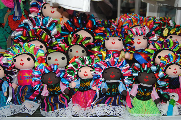 Alistan recurso para Festival de Muñecas