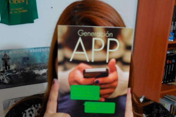 """Uso de Internet impulsa la llamada """"generación app!"""