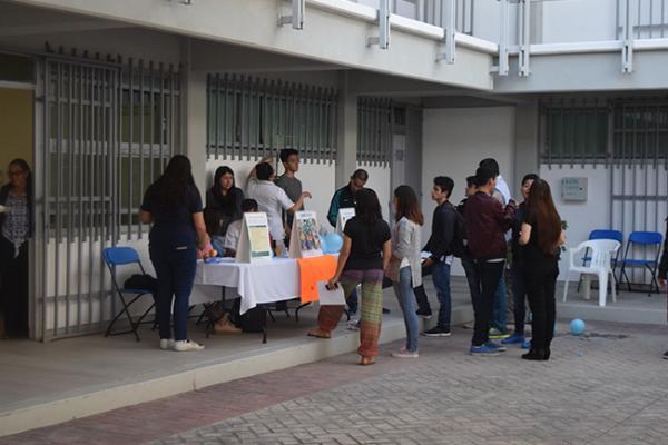 Feria de la salud en la UAQ