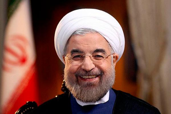Presidente iraní incluye a tres mujeres en su nuevo gabinete