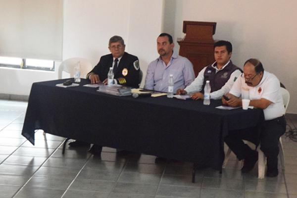Sesiona Comité de Ayuda Industrial