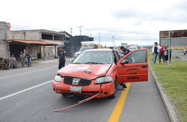UN HOMBRE fue atropellado por no utilizar el puente peatonal, ocurrido en el kilómetro 12 de la carretera San Juan del Río – Tequisquiapan.